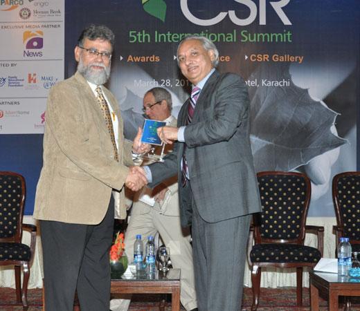 CSR-2013-115