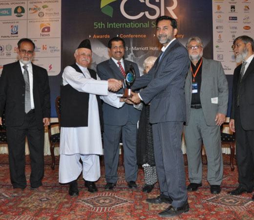 CSR-2013-176